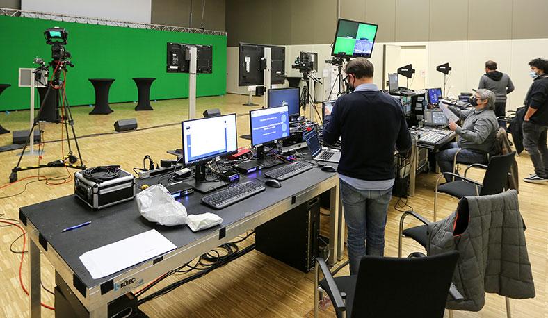 Nur mit erheblichem technischem Aufwand konnte die Vortragsveranstaltung ELEKTROTECHNIK im Dezember 2020 virtuell stattfinden.